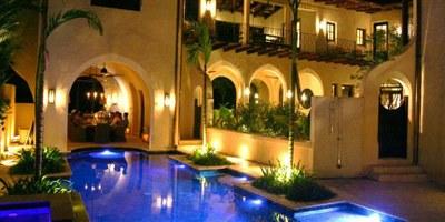 CondosCR Luxury Real Estate